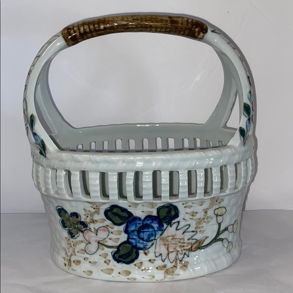 Ethan Allen Other - Ethan Allen Ceramic Basket